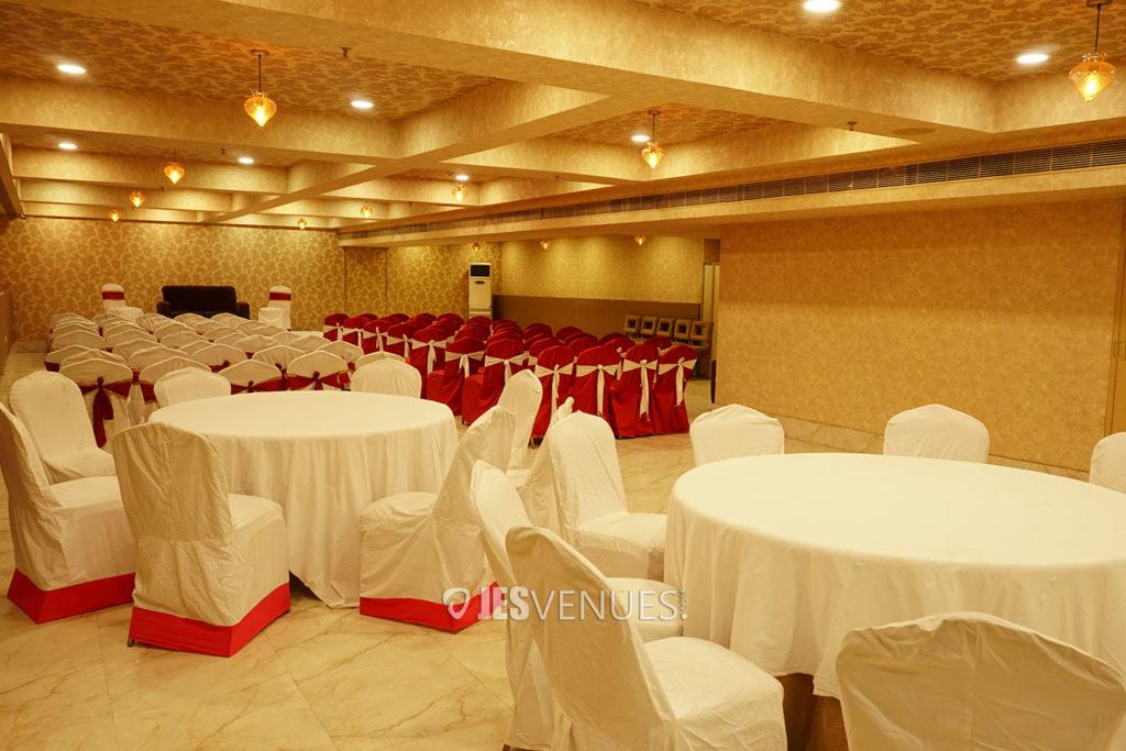 Grand-Banquet-Halls-Jesvenues