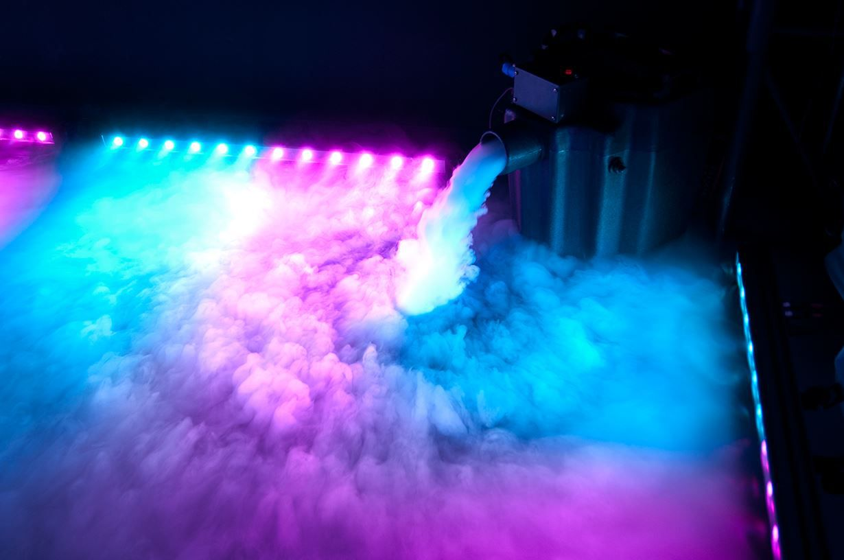 Top 10 Cloud Effect Providers Hire Dry Ice Fog Machine