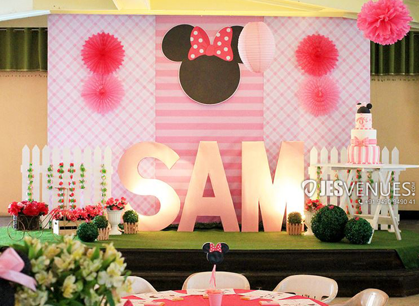 Simple Mickey Theme Decoration For Birthday Party Or Kids