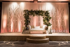 Simple Stylish Decoration