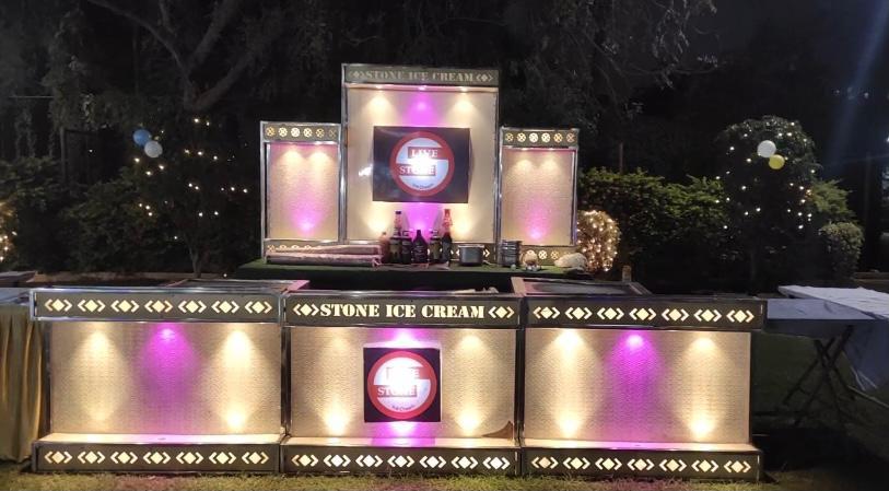 Cold Cream Stone Ice Cream Live Stall