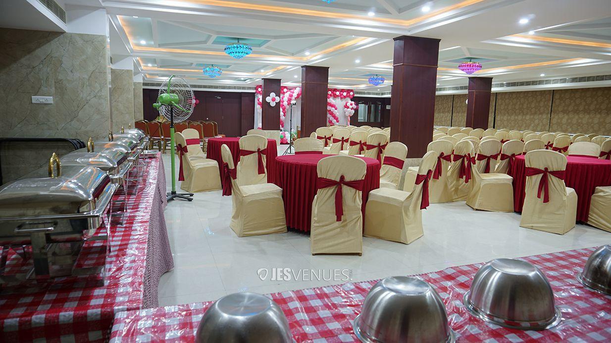 dining/DiningArea-1.jpg