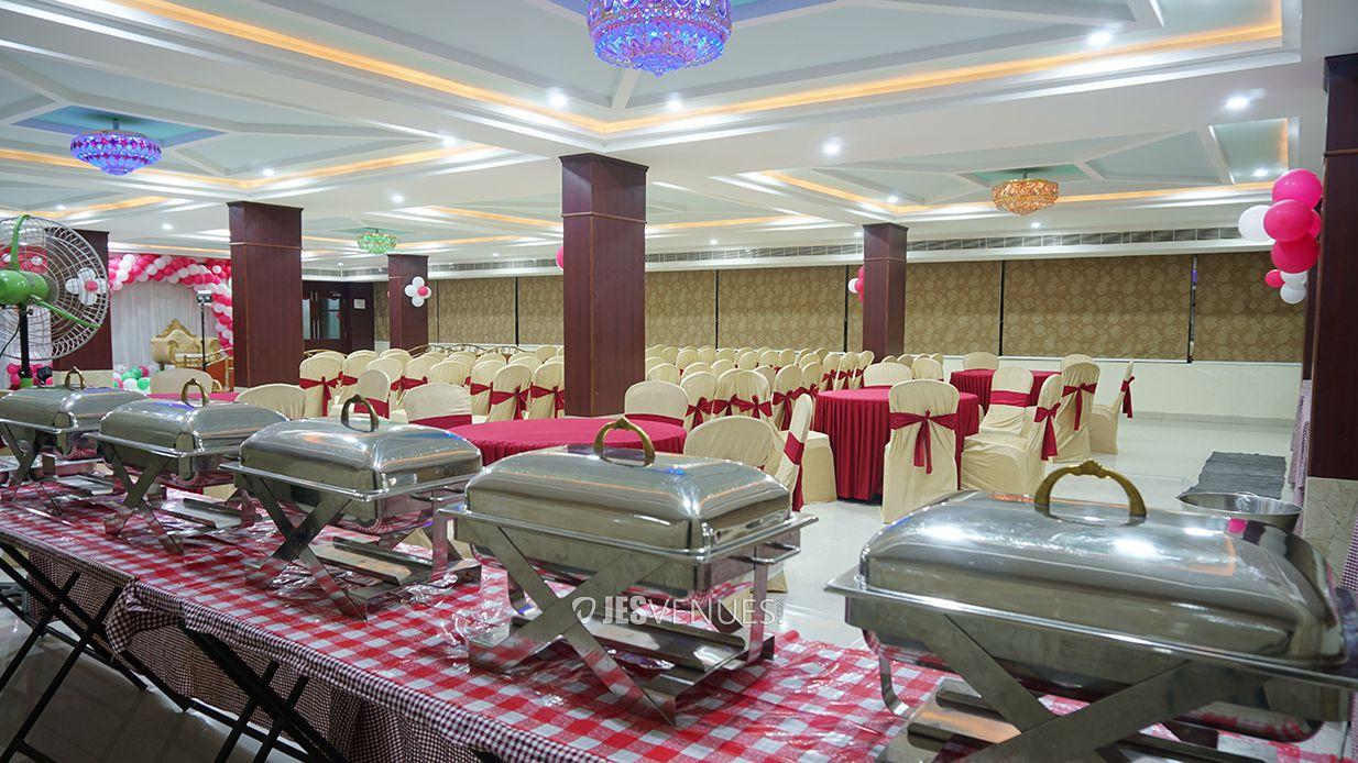 dining/DiningArea-2.jpg