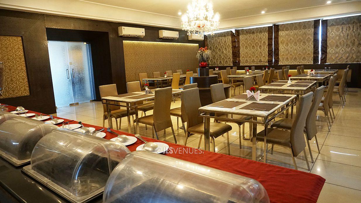 dining/Diningspace-4.jpg