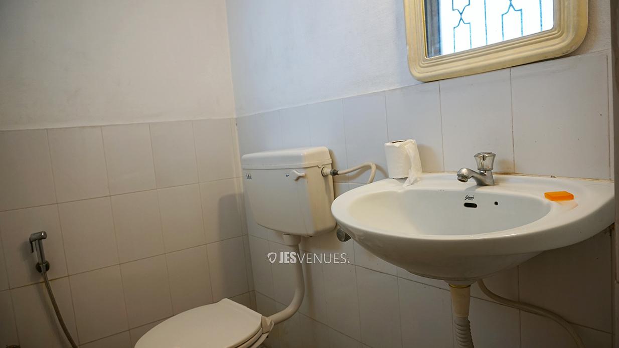 washroom/Washrooms-3.jpg
