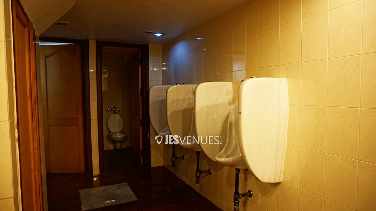 washroom/Washroom-3.jpg