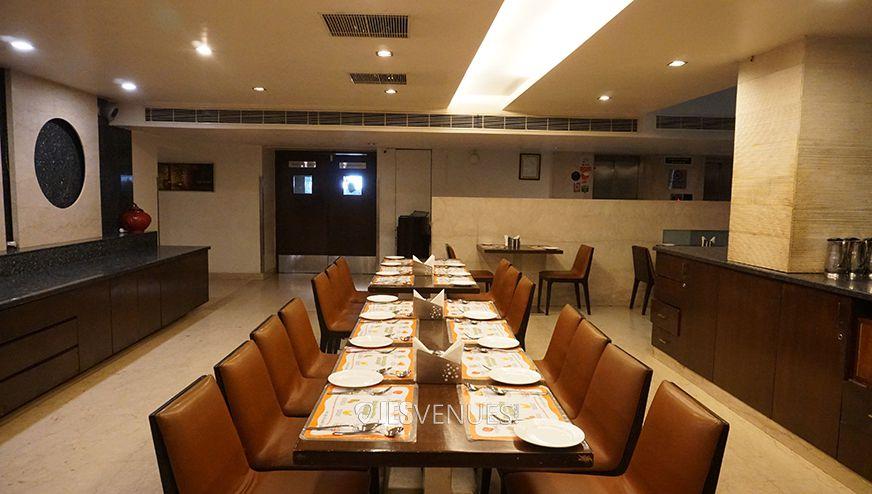dining/Dining-1.jpg