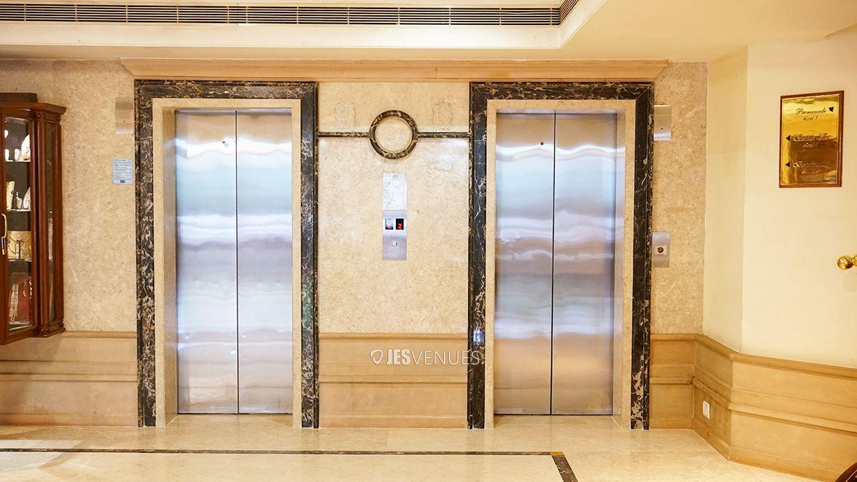 lobby/Lobbyview-1.jpg