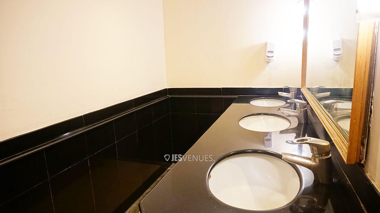 washroom/Washroom-6.jpg
