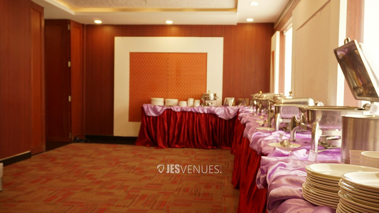 dining/JES00801.jpg