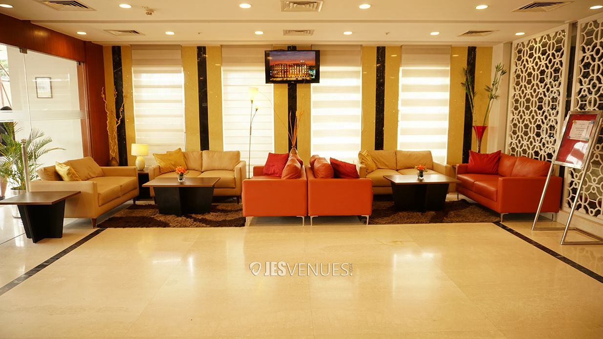 lobby/JES00811.jpg