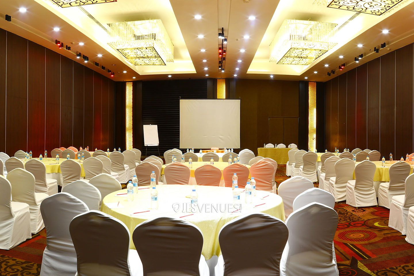 Dazzling Banquet Hall At Begumpet, Hyderabad