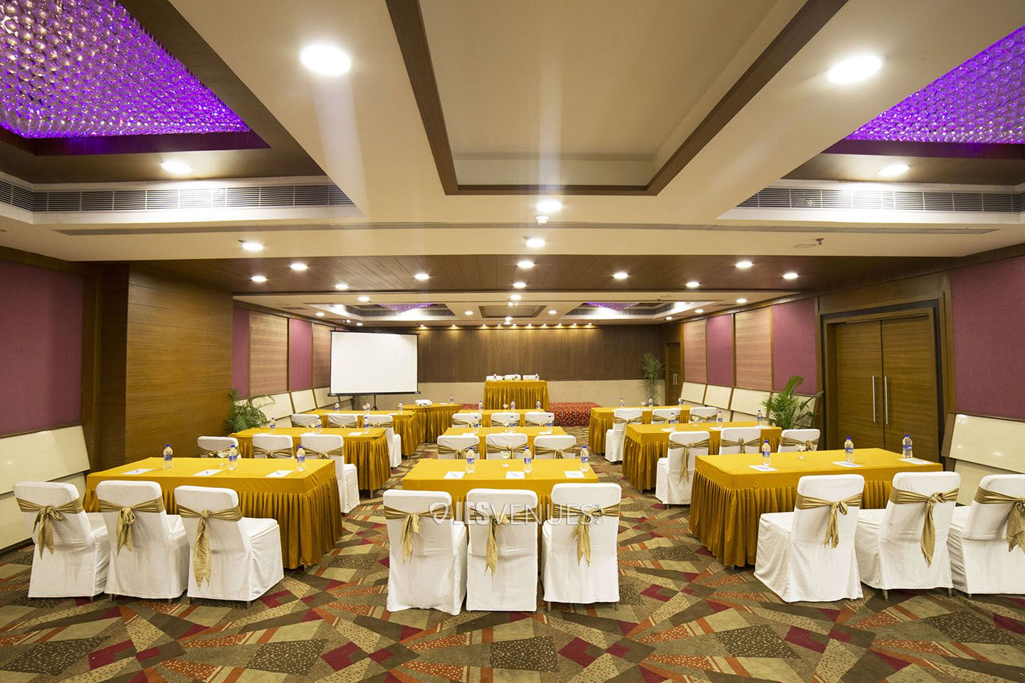 Heavenly Multi Purpose Banquet Hall At Lakdikapul, Hyderabad