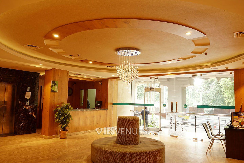 lobby/JES02861.jpg