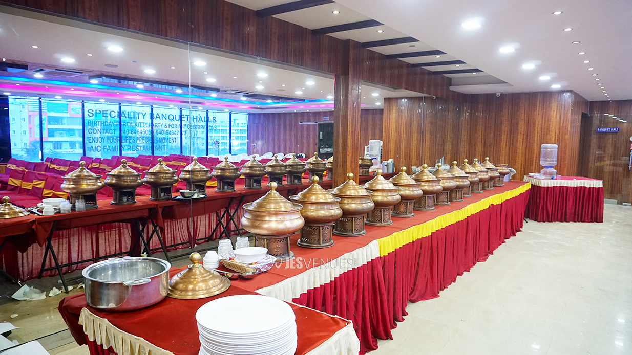 dining/Diningspace-2.jpg